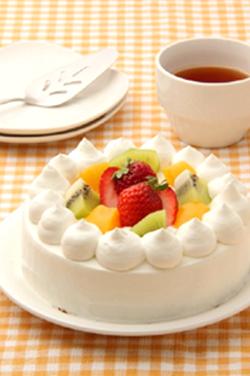 はじめてのデコレーションケーキ