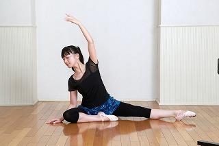 体験:しなやかなボディラインへ バレエ コア ストレッチ・木曜昼クラス