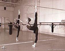 体験:大人のバレエ教室 (木曜・初級クラス)