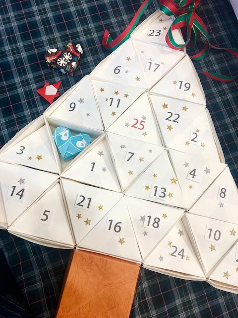 1Day:【実用折り紙教室】 クリスマスまでのカウントダウン!アドベントカレンダーを作ろう 10/19~