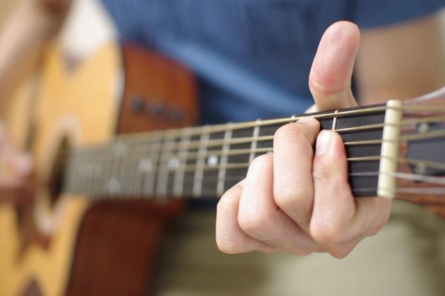 通期:まる先生のフォークギター教室 3月5日~8回