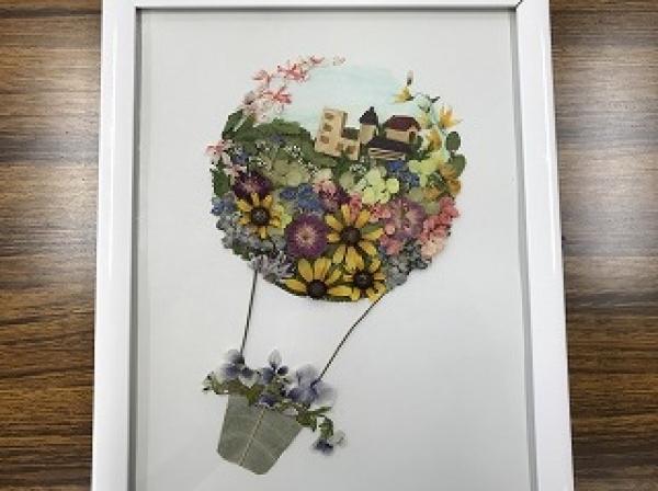 体験:花遊び 押し花アート 10月