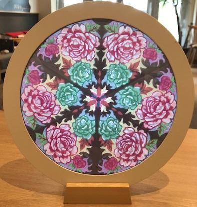 体験:紙のステンドグラス ローズウィンドウ教室