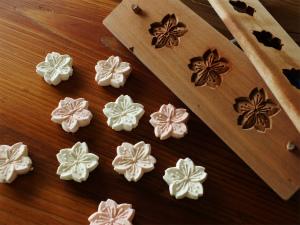 単発:菓子木型で和三盆干菓子と 練りきりを作ろう