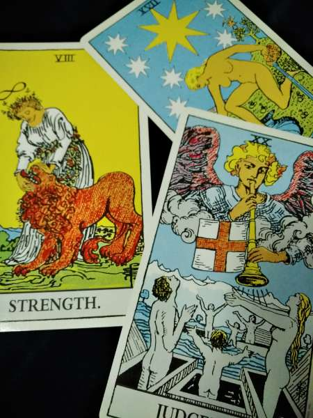 体験:【三木校】:78枚のカードで本格占い ウエイト版タロットセミナ・月曜クラス  20/05/25