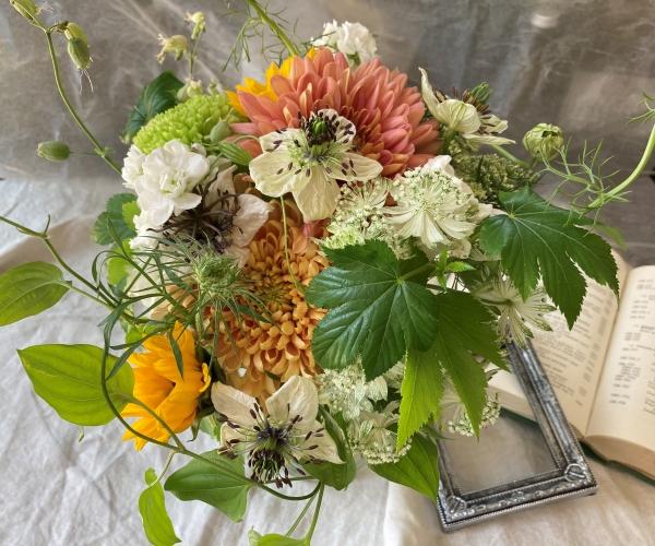 体験:香川県産のお花で! スパイラルブーケ