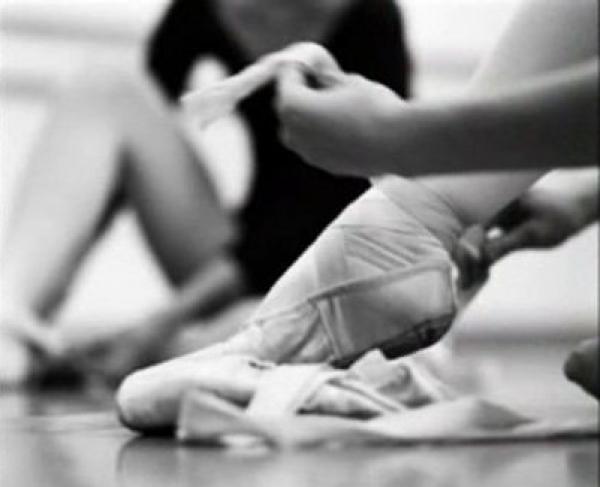 体験:大人のバレエ教室 金曜・入門クラス 8・9月