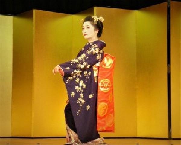 体験:創作新舞踊教室 10・11月