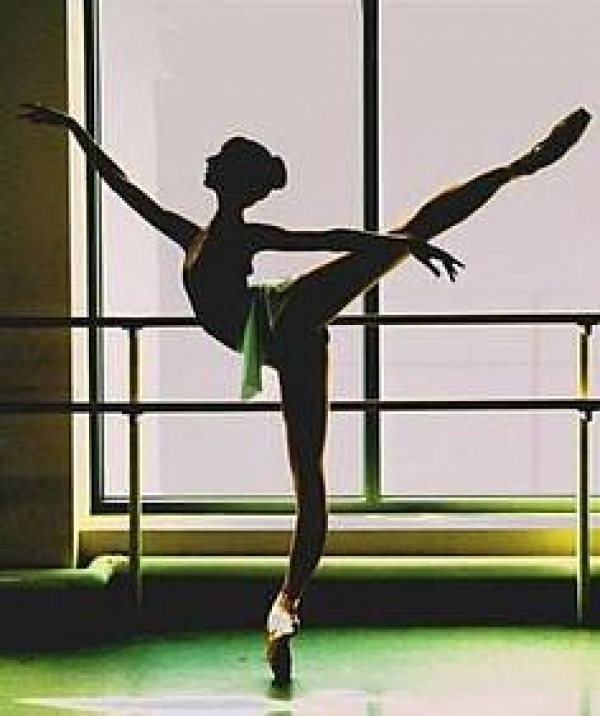 体験:大人のバレエ教室 火曜・経験者クラス 10月