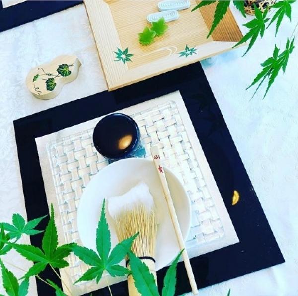 体験:和室なし!正座なし!の 新しい形の茶道教室「テーブル茶道」